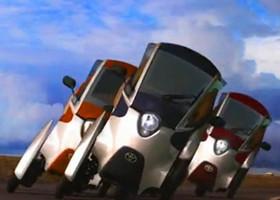 丰田全新电动小型汽车 i-Road 亮相 (2013)