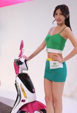 绿源电动车展会模特