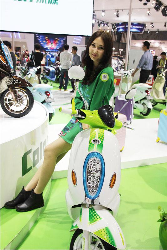 绿源电动车车模