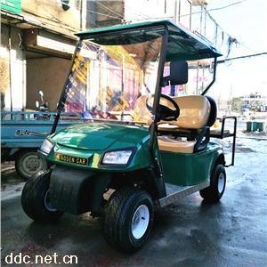 4座电动高尔夫球车绿色