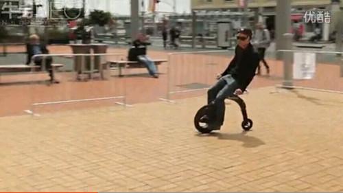 YikeBike折叠电动自行车,方便随身携带